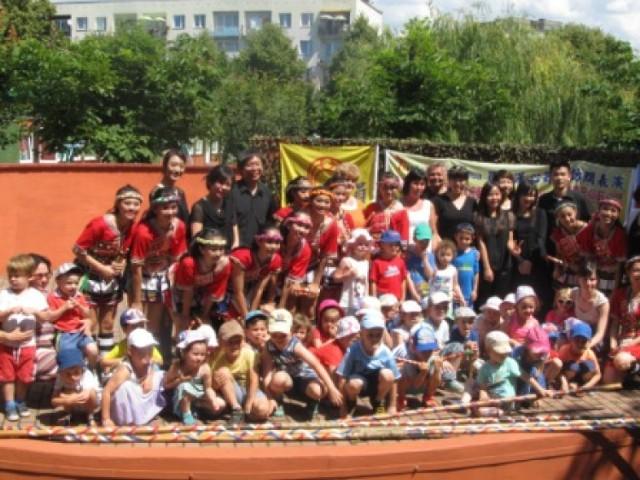 Han Shin z Tajwanu wystąpił dla dzieci