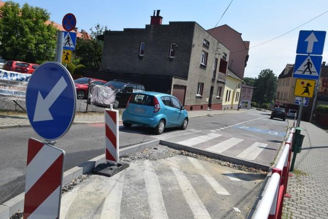 Na ulicy Wałowej zamontowano szykany
