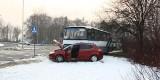KRÓTKO: Na alei Jana Pawła II autobus zderzyłsię fiatem