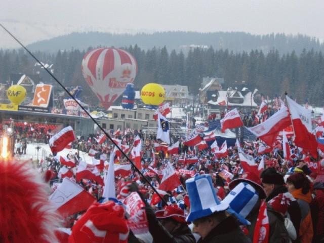 Zobacz, gdzie można oglądać transmisję skoków narciarskich w ...