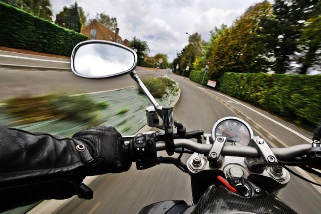 Policyjny pościg za motocyklistą rozpoczął się w Kleszczowie/zdjęcie ilustracyjne