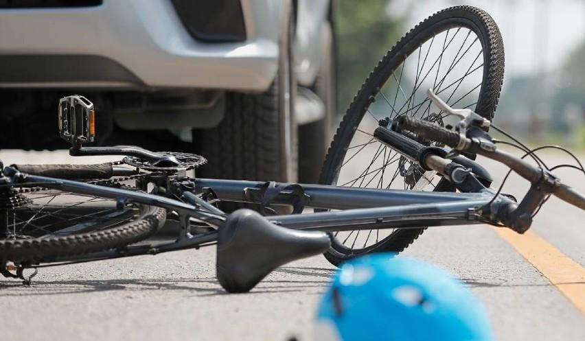 Dwa potrącenia w ten sam dzień. Obaj rowerzyści znaleźli się w szpitalu