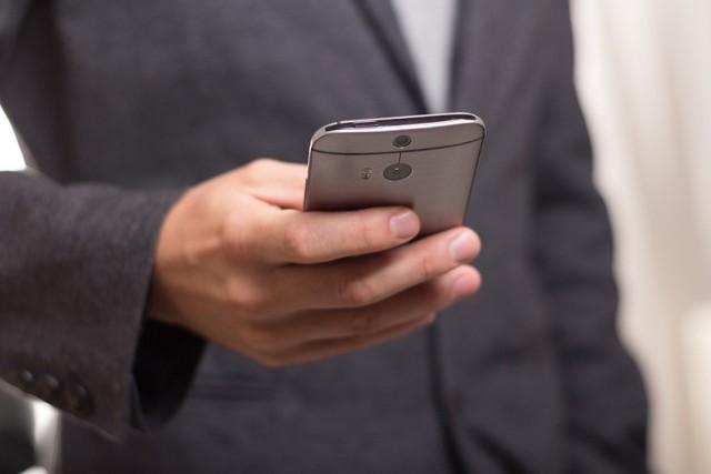 Elektroniczne dowody osobiste już funkcjonują. Na czym polegają mDokumenty? [WIDEO]