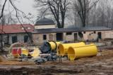 Ponad 100 metrów zjeżdżalni, trwa budowa letnich basenów w Legnicy