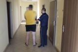 Gm. Zduńska Wola. Zatrzymany przez policję za posiadanie sporej ilości marihuany ZDJĘCIA