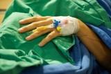 Badania lekarzy ze szpitala klinicznego w Opolu. Zbadają, ile witaminy D3 zwiększa szanse na przeżycie pacjentów z niewydolnością nerek