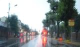 Ostrzeżenie przed silnymi deszczami i burzami. Nadejdą po południu