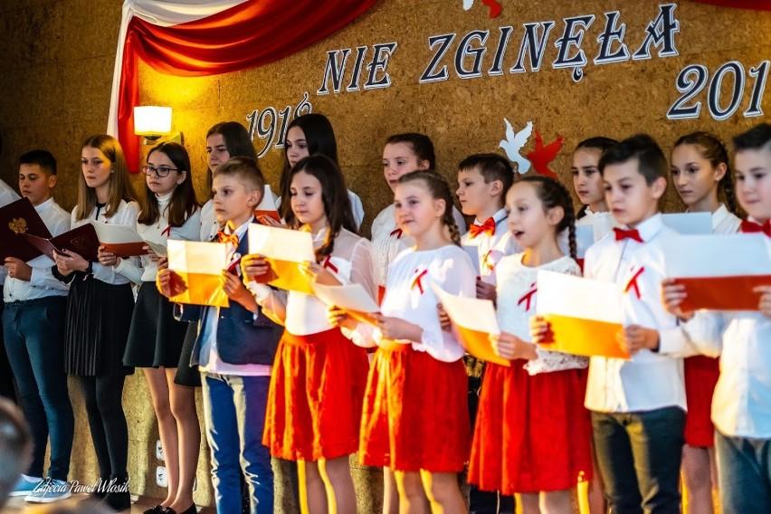 AKTYWNIE: II Koncert Pieśni Patriotycznych w Gorzupi [ZDJĘCIA]