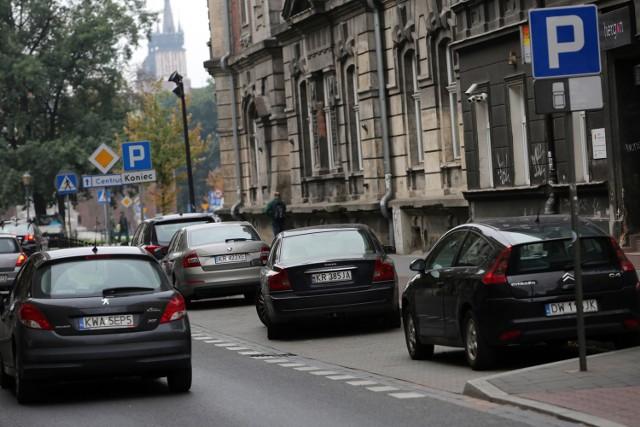 26.09.2016 krakow   ul. warszawska, parkowanie, strefa platenego parkowania, nz   fot. andrzej banas / polska press