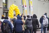 Kraków. Wielkie otwarcie sklepu Biedronka OUTLET w Czyżynach. Tłumy chętnych na promocje [ZDJĘCIA] 6.02.21