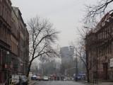 Czerwona błyskawica nad Bytomiem. Symbol protestów kobiet na zabytkowym szybie Krystyna