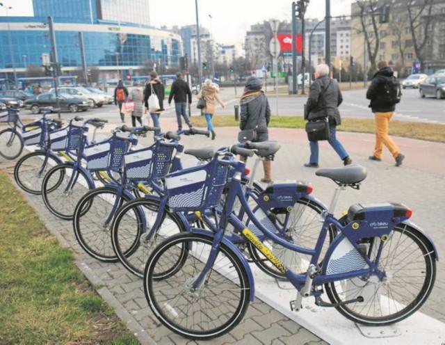 Od dziś na ulicach Krakowa zamiast 100 będzie aż 300 rowerów Wavelo