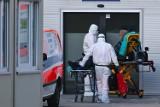 Szpitale w Małopolsce mobilizują się i organizują kolejne łóżka covidowe. Będzie też więcej karetek