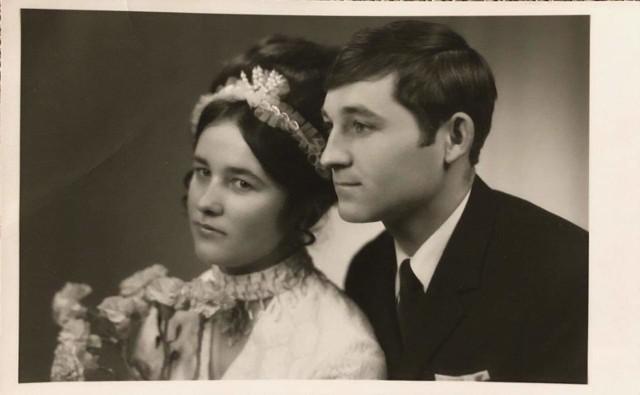 Zofia i Bogusław wzięli ślub 19 grudnia 1970 roku wzięli ślub.