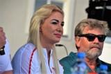 """Karolina Kucharczyk ze złotą odznaką """"Za zasługi dla sportu"""". Medaliści olimpijscy, paraolimpijscy i ich trenerzy wyróżnieni"""