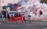 """Rocznica Powstania Warszawskiego z kibicami RKS Radomsko. W Godzinę """"W"""" kibice uczcili pamięć Bohaterów [ZDJĘCIA, FILM]"""