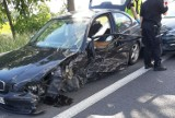 """Gm.Kaźmierz. Kraksa w Gaju Wielkim. Kobieta kierująca BMW jechała na """"podwójnym gazie""""! [ZDJĘCIA]"""