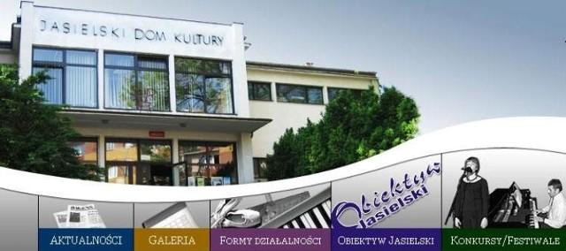 Zwolniona dyrektorka JDK idzie do sądu pracy