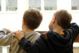 Rząd zmienił zdanie w sprawie zakazu przemieszczania się dzieci poniżej 16. roku życia bez opieki rodziców