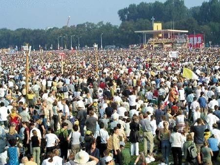 Wśród pielgrzymów na Błoniach byli również wierni z powiatu cieszyńskiego.  ARKADIUSZ GOLA