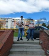 Gmina Stolno. Młodzież i nauczyciele ZSCKZ w Grubnie wspomogli schronisko. Zdjęcia