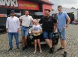 Łowcy Polonezów: Mieszkańcy Budzynia i Chodzieży przejechali 1500 kilometrów by pomóc małej Nadii