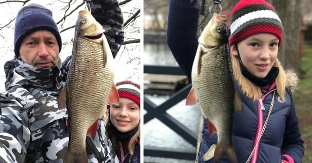 Ryba po zmierzeniu i sfotografowaniu trafiła z powrotem do jeziora