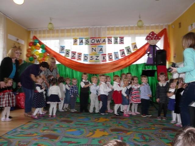 Pasowanie Przedszkolaków W Sieradzu Zdjęcia Sieradz