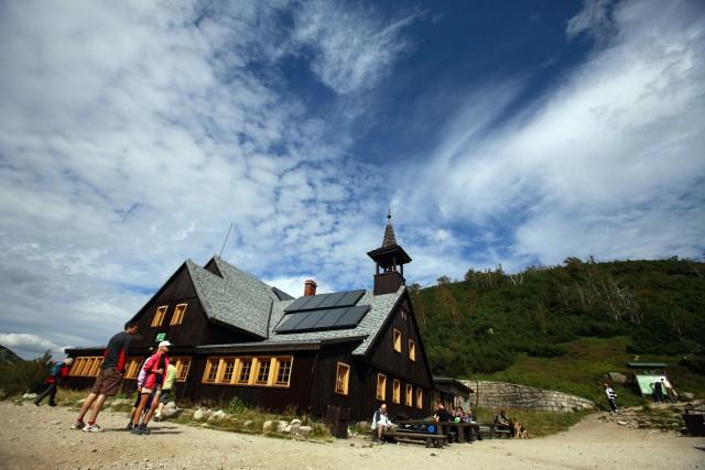 Schronisko Samotnia od 47 lat prowadzi rodzina Siemaszków.