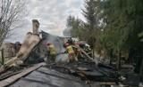 Spłonął doszczętnie drewniany dom w Hniszowie. Zobacz zdjęcia