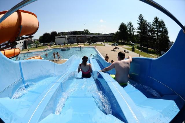 Upalna sobota na basenie w Jaśle.