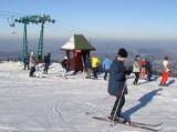 W Beskidzie Żywieckim prószy, narciarze się cieszą