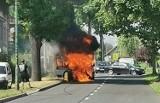 Pożar samochodu w Koszęcinie. Uwaga na utrudnienia