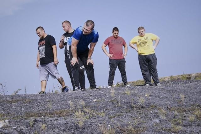 Kanapowców możemy oglądać w TTV, to mężczyźni ze Śląska i Zagłębia.   Zobacz kolejne zdjęcia. Przesuwaj zdjęcia w prawo - naciśnij strzałkę lub przycisk NASTĘPNE