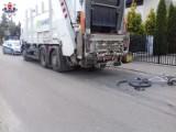 Wypadek w Lubartowie. Rowerzystka została potrącona przez śmieciarkę