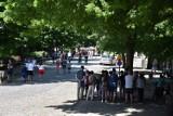 Malbork. Turyści w długi weekend jakoś tłumnie miasta nie oblegali, ale zdecydowanie ich przybywa