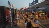 Kalisz: Zlot food trucków przy galerii Carrefour. ZDJĘCIA
