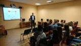Spotkania z absolwentami w I LO w Chodzieży: Uczniowie mogą posłuchać ciekawych wykładów (FOTO)