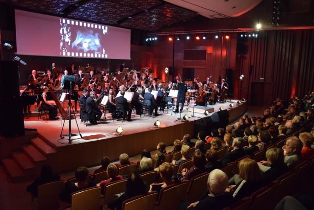 Filharmonia Kaliska zaprosiła melomanów na wieczór z muzyką filmową