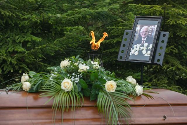 W Krakowie pożegnano Józefa Skotnickiego, wieloletniego dyrektora Ogrodu Zoologicznego. Pogrzeb odbył się na cmentarzu na Bielanach.