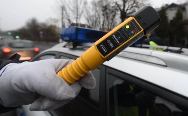 W miniony weekend policjanci złapali dwóch nietrzeźwych kierowców w powiecie żnińskim.