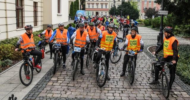 Zbyt mocno do rowerowych rywalizacji bydgoszczan namawiać nie trzeba - wystarczy hasło, by zjawili się na starcie.