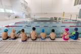 Na co mogą liczyć w Bydgoszczy osoby zaszczepione? Czy wejdą bez kolejki na basen albo na koncert?