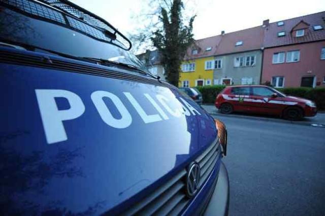 Wypadek w Pszowie. Trzy osoby zostały ranne w zderzeniu dwóch aut przy ulicy Traugutta.