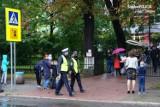 """Trwa akcja """"Bezpieczna droga do szkoły"""". Bytomscy policjanci czynnie w niej uczestniczą ZDJĘCIA"""