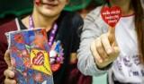 WOŚP 2020 Dąbrowa Tarnowska. Kilkudziesięciu wolontariuszy zbiera datki na Powiślu