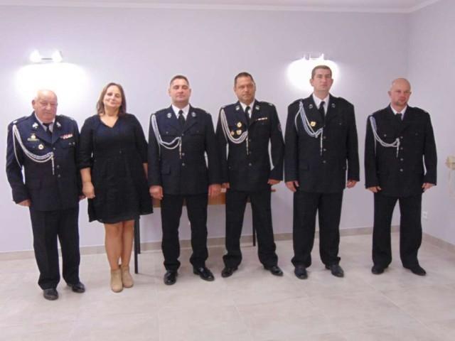 Zarząd OSP Budzyń: Zenon Nowicki, Edyta Księżniakiewicz, Paweł Sell, Rafał Grill, Piotr Siwiak i Wojciech Westfal.