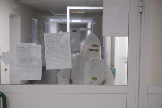 Średnia liczba zakażeń na 100 tys. mieszkańców z siedmiu ostatnich dni w Wielkopolsce wciąż jest większa niż w kraju