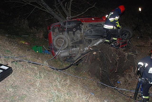 Wypadek w Lesku. Zginął kierowca samochodu