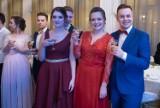 Studniówki w Poznaniu: Zespół Szkół Odzieżowych bawił się w Domu Żołnierza